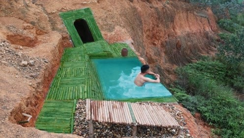 农村小哥在山中掏出泳池,还自带秘密别墅,这小日子真舒坦!