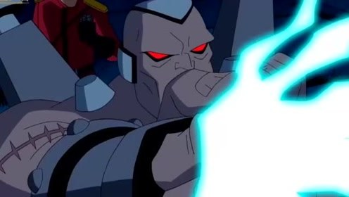 终极异形:维多博士竟挣脱了束缚,并打败了田小班