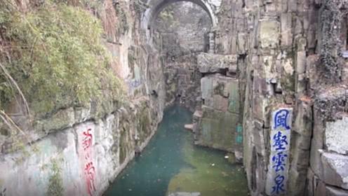 江苏水中古墓,墓中有3000把宝剑,为何千百年来从未被盗过?