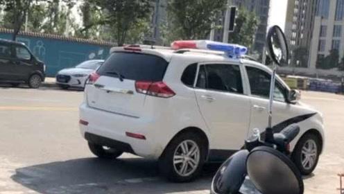 郑州一交警被曝开无牌车上路贴罚单,回应:罚款扣分作检讨