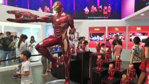 仿生鲨鱼、机器飞鸟 2019年机器人大会:真正的机器人总动员