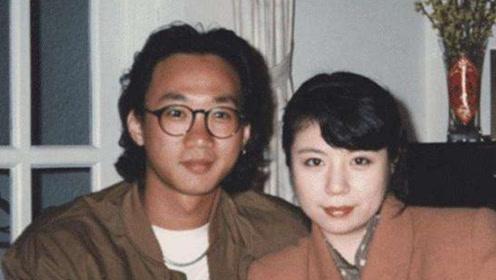 黄家驹不幸逝世后,生前女友终身不嫁,今和求婚戒指过了30年