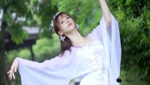 天使的面孔,女神的身材,美女这身姿让人惊叹