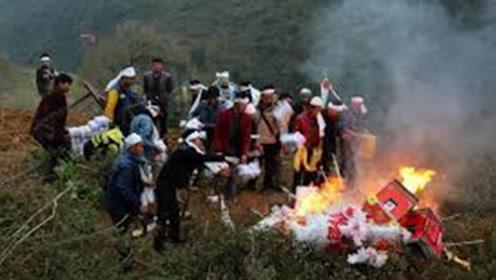 为什么亲人去世,要把他们生前的衣物烧掉?专家:不是迷信