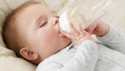 世界上年纪最小的爸爸,13岁就在喂奶,00后表示压力好大!