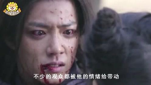 诛仙:肖战黑化后1手势意外走红,网友疯狂模仿,导演都意外
