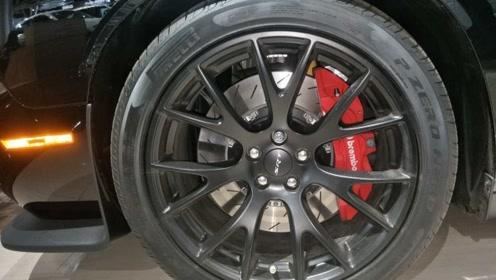 刹车前轮为什么会抖动?