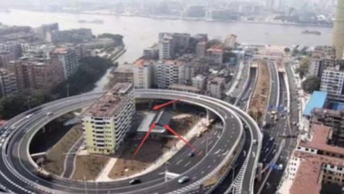 """中国""""最贪钉子户"""",霸占环形道数年,开发商妥协,住户却哭了"""