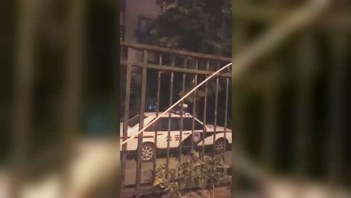 网曝镇江一独居老人死在家中尸体发臭 网友:父母在不远游