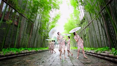 中国古风舞《小城阁楼》,仙女从阶上下凡跳舞