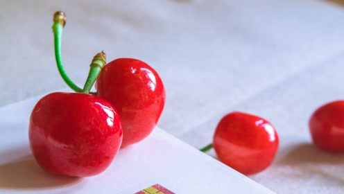 有痛风的患者,可以常吃这3种水果,或许能帮助尿酸的溶解!