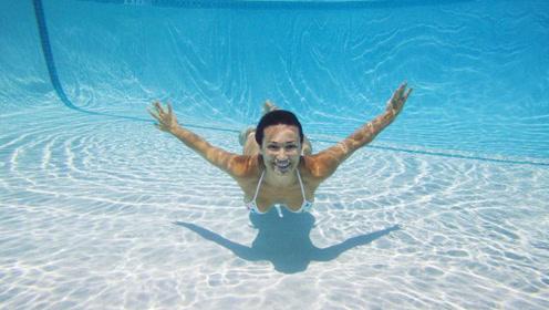 游泳高手这么多,为什么有人能在水里睁眼睛?运动员说出实情!