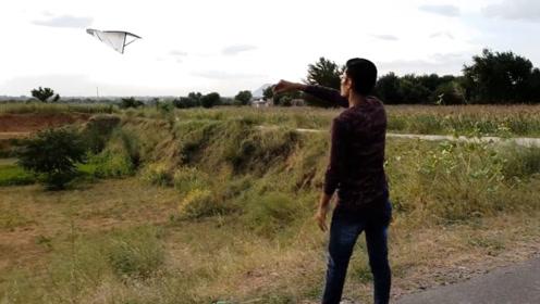 用泡沫折的大飞机,能比普通纸飞机飞的更远更久么?