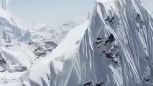珠穆朗玛峰一半在中国,一半在尼泊尔,却属于中国,为什么呢?