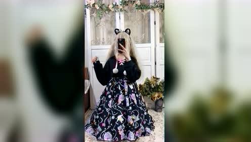 小姐姐的换装秀,穿着Lolita是不是很可爱呢?