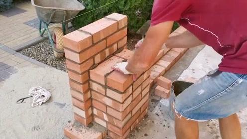 实拍建筑工人砌三七墙全过程,大家看看这水平怎么样?