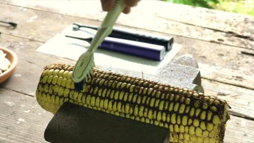 """普通牙刷和电动牙刷有何""""区别""""?老外用玉米做实验,看到效果却怀疑人生!"""
