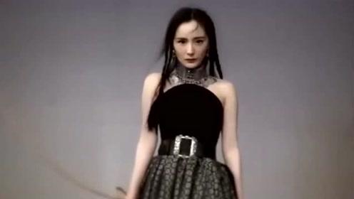 杨幂换最新造型杂志曝光,身穿民族服饰超有异域风,化身楼兰公主