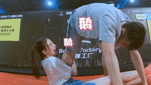 徐璐突然抱住张铭恩大腿,张铭恩脱口的6个字,阻止一场惨剧发生