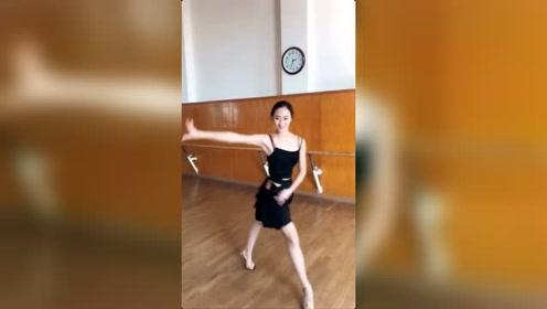如果这位《拉丁舞》者是你女朋友,你该如何驾驭她?
