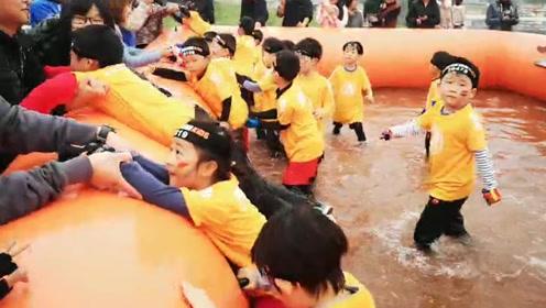 """奔跑吧!超12000名儿童变身斯巴达小勇士挑战""""奥林匹斯之巅"""""""
