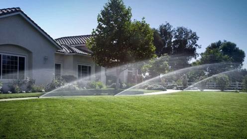 国外智能灌溉系统,在家玩玩手机,一小时就把1000亩地浇了