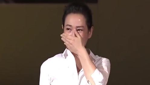 最怕突然听懂了一首歌,当歌手再次唱起时,多少人眼泪疯狂飙!
