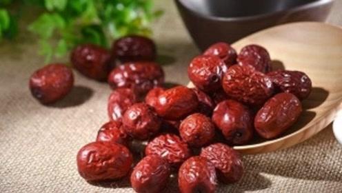 红枣和它一起泡,女人每天喝一碗,排湿补气,助你睡眠会更好