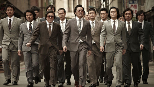 豆瓣评分7.8,演绎传统韩国黑帮电影,干什么都能碰上罪犯