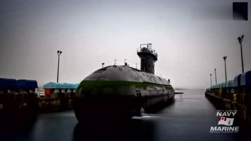 返厂维修的潜艇,移动船坞起到了大作用