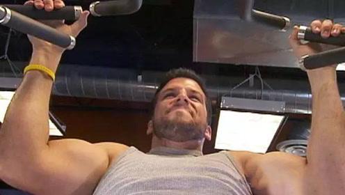 美国肌肉男伪装成胖子,疯狂虐健身狂人,看完佩服了