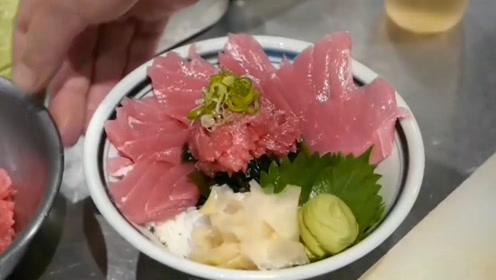 金枪鱼做出来的肉只有几片,学习日本大厨的妙招