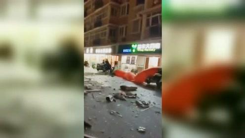 江苏宿迁一居民家发生燃爆致1死1伤 附近群众:以为是地震