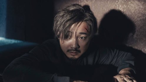 电影:一场惊天骗局,股市大佬被困地下室,只有曝光内幕才能保命