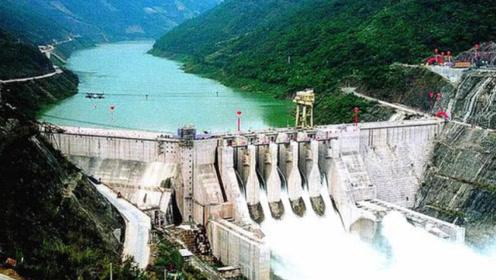 厉害!中国将重启140年前逆天工程,将青藏高原的水资源引入新疆