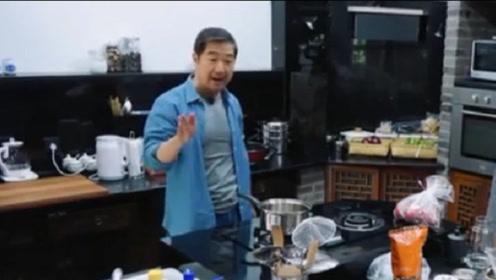 张国立煮鸡蛋,放水不当直喊媳妇,网友:同款老公要被气炸