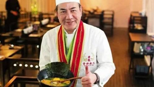 """香港第一""""蛋炒饭"""",5000元一碗厨神颠勺,让李嘉诚、赌王赞不绝口!"""