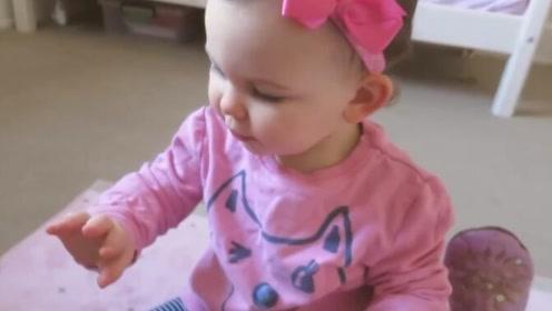 妈妈给Emilia打扮打扮,宝宝瞬间又变回小公主,萌翻了