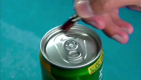 易拉罐的拉环断了怎么办,一招即可轻易解决