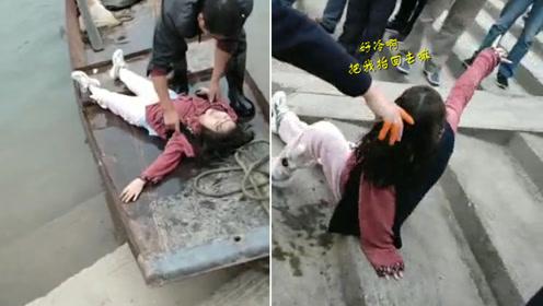南充一女子跳河轻生 被救后反应令人大跌眼镜
