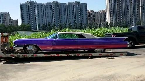 这台车外表很吸睛,但是通过性就不是很好,尾部太长了!