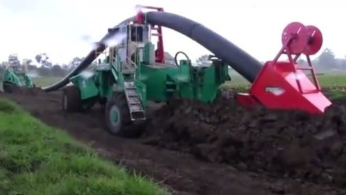 国外农民啥新鲜的机器都有,太神奇了