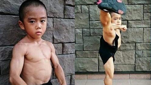 """日本8岁男孩沉迷中国武术,苦练多年想变成""""李小龙"""",网友:真像"""