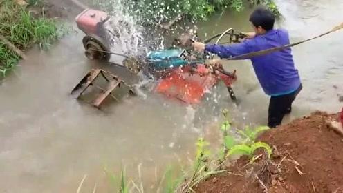 虽然是农用机械,但没点技术还真玩不了