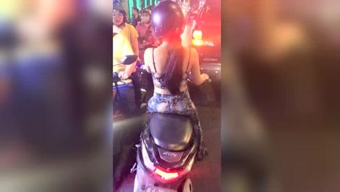 有一辆摩托车就有女朋友的国度