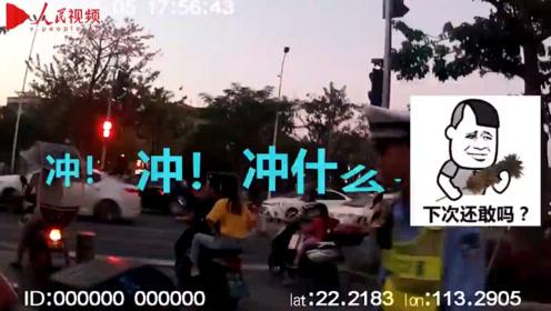 """珠海交警""""唐僧式""""碎碎念教育摩托车司机:冲什么,淡定点!"""