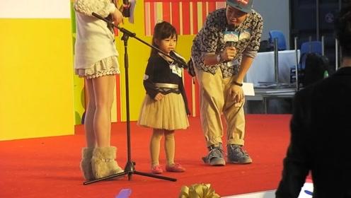 3岁学唱歌5岁登台,9岁时火遍全世界!华人之光谭芷昀!