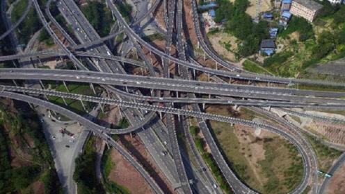世界最可怕的交通在中国!这座桥让导航怂了:前方重庆,导航结束!
