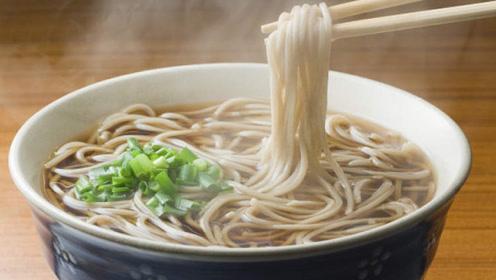 长期吃面条和每天吃米饭的人,身体有什么不一样?看完大开眼界!
