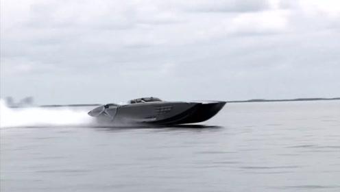 美国最牛超级跑车,马力是布加迪2倍,开进水里震惊了!
